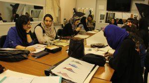 کلاس آموزش طراحی لباس