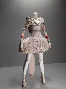 ترفندهای طلایی درست کردن لباس