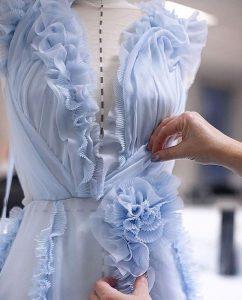 مولاژ در طراحی لباس