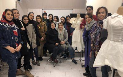 کلاس طراحی لباس حرفه ای