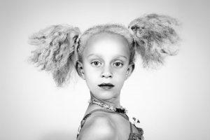 آموزش ترفندهای خاص عکاسی پرتره سیاه و سفید