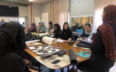 کلاس طراحی لباس از ایده تا اجرا