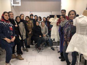 کلاس طراحی لباس در تهران