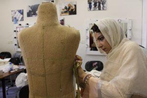آموزشگاه طراحی مد و لباس
