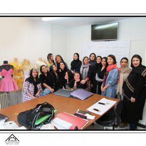 آموزش طراحی لباس تهران